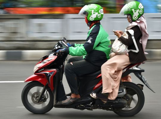 Facebook and PayPal invest in Southeast Asian ride-hailing giant GoJek