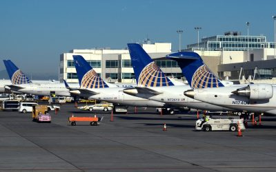 United warns 36,000 employees of potential job cuts as pandemic roils travel demand