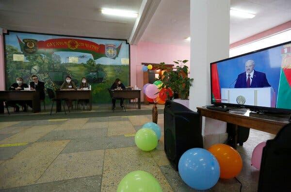 Aleksandr Lukashenko Increasingly in Peril as Belarus Election Nears