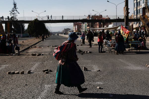 Bolivia Under Blockade as Protesters Choke Access to Cities