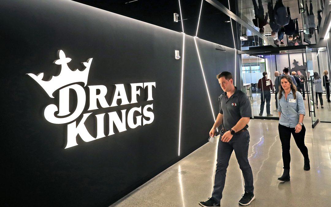 Hot gambling stock DraftKings falls 6% after company reports larger loss than expected