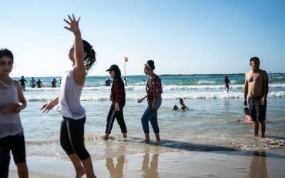 Israel Quietly Opens Its Borders, and Palestinians Have a Beach Day