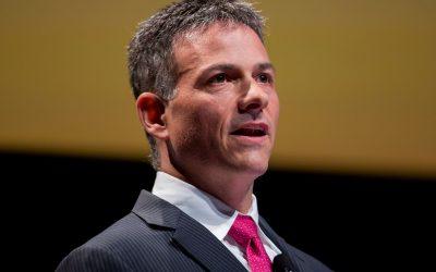 David Einhorn sees 'enormous tech bubble,' adds a few stocks to portfolio