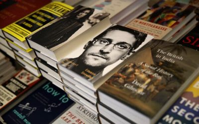 Edward Snowden, in Russia Since 2013, Is Granted Permanent Residency