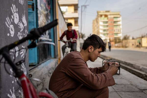 'I Forget About the World:' Afghan Youth Find Escape in a Video Game