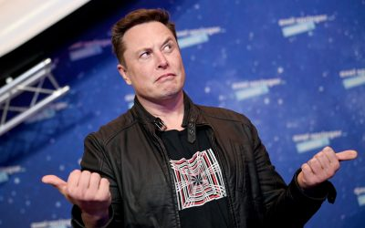 Elon Musk blasts Jeff Bezos' Amazon, alleging effort to 'hamstring' SpaceX's Starlink satellites